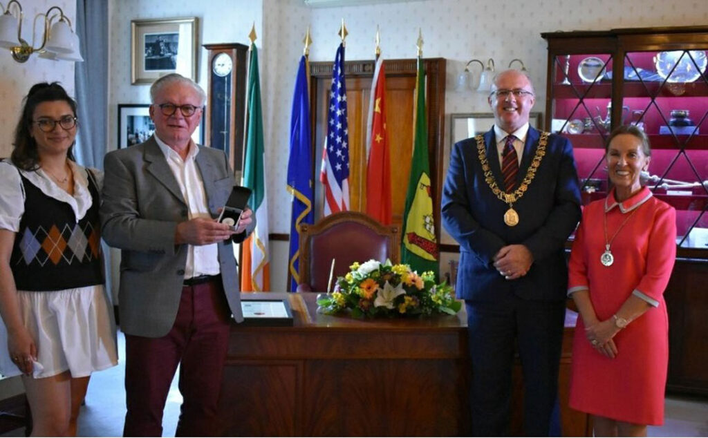 Pat Stacey receives Lord Mayors Award